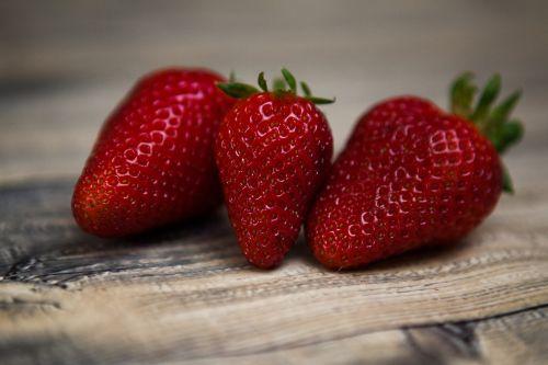 braškės,vaisiai,braškės,sveikas,maistas,šviežias,ekologiškas,raudona,uogos,salotos,saldus,mityba,šviežias vaisius,vitaminas,desertas,žalias,pusryčiai,mityba,žaliavinis,sveikai maitintis,šviežias maistas,sveika mityba,gamta