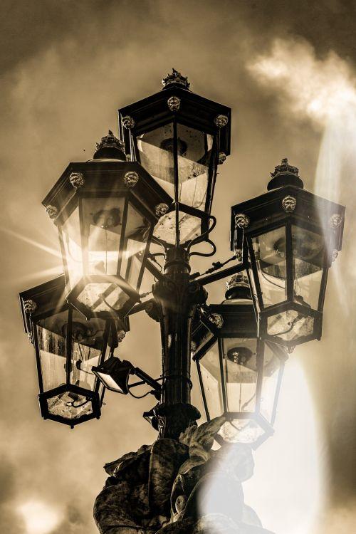 senovės, Senovinis, architektūra, atgal, fonas, fonas, šviesus, pastatas, miestas, dizainas, pastatas, elektrinis, eksterjeras, fasadas, stiklas, istorinis, istorinis, lempa, lempa & nbsp, šviesa, žibintas, šviesa, senas, panorama, gatvė, gatvės lempa, gatvės šviesos, stilius, Miestas, gatvės lempa