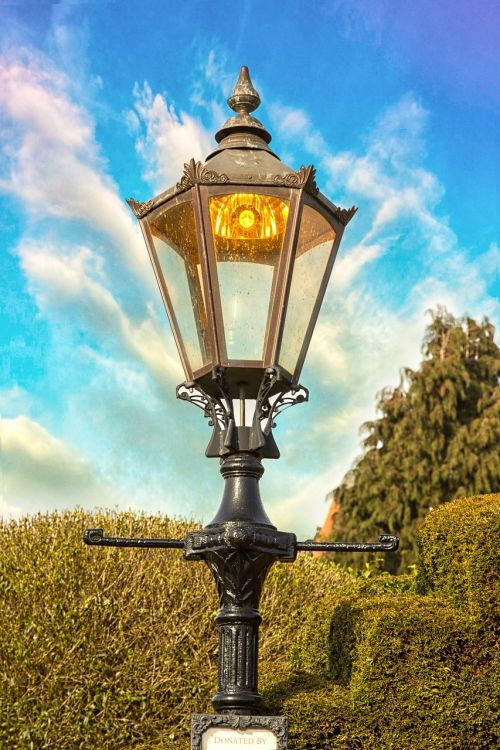 gatvės lempa,tudor,Šekspyras,architektūra,pastatytas,senas,senovės,stratford upon avon,istorinis,viduramžių,krūmai,mėlynas dangus,Warwickshire,Anglų,uk
