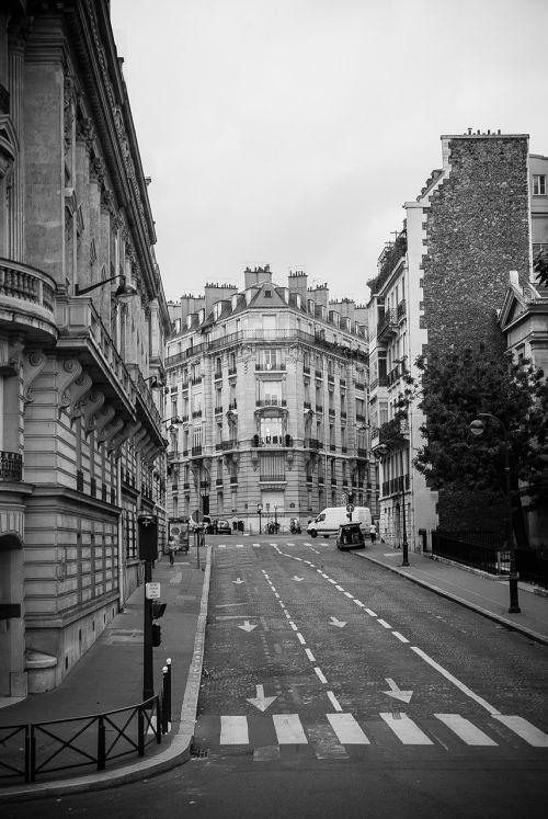 gatves paris,paris,architektūra,juoda ir balta,pastatai