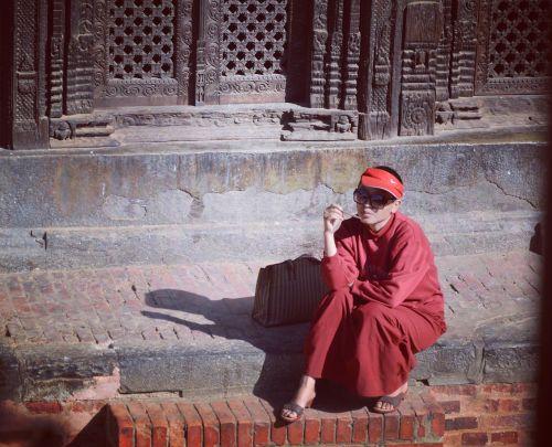 Stresas, Suknelė, Nepalas