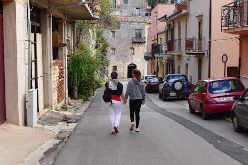 vaikščioti,motina,dukra,vaikščioti,žmogus,bendruomenė,kartu,laimingas,eiti,šeimos teisė