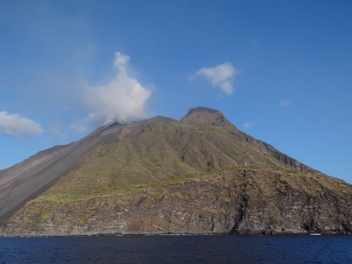 stromboliai,aeolian,lipari,salos,vulkanas,vulkanizmas,aktyvus,italy,lava,ingrid,bergmann,rosselini,šventė,plaukti,snorkeling