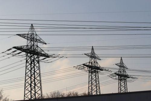 Strommast,dabartinis,elektra,aukštos įtampos,pilonas,jėgos linija,linija,rizika,energija,maitinimas,viršutinės linijos,sustiprinti,fiksuotojo ryšio linija,elektros pylon