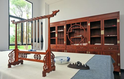 studija,seminaras,žmogus kambario kambarys keturi,knygų kambarys,dažymas,kaligrafija,kambarys,baldai,vidinis,dizainas