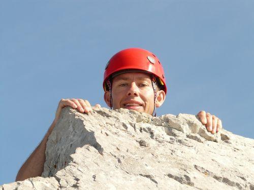 aukščiausiojo lygio susitikimas,kilroy,aukščiausiojo lygio susitikimas,atvyko,alpinistas,lipti,pasiektas tikslas,vairas,žmogus,vyras,asmuo,ellmauer sustabdyti,wilderkaiser,kalnai,Alpių,Rokas,laimingas,juoktis,juokiasi,bergtour,alpinistas