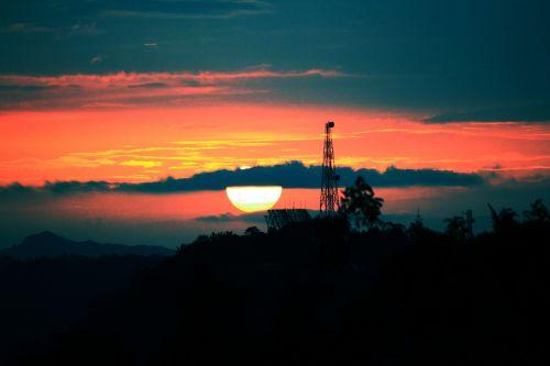 saulėlydis, popietė, aušra, šviesa, šviesus, saulė, debesys, gamta, dangus, apsvaiginimo & nbsp, saulėlydis, rytas saulė, raudona & nbsp, saulė, apvalus & nbsp, saulė, saulė