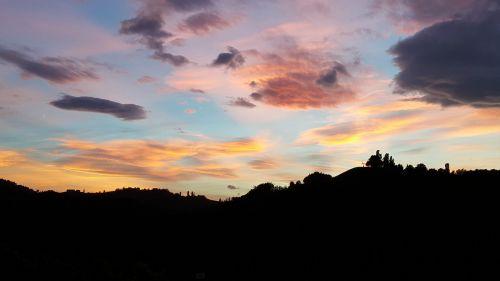 saulė,saulėlydis,abendstimmung,Besileidžianti saulė,romantika,nuotaika,oranžinis dangus,vakaro saulė,dusk