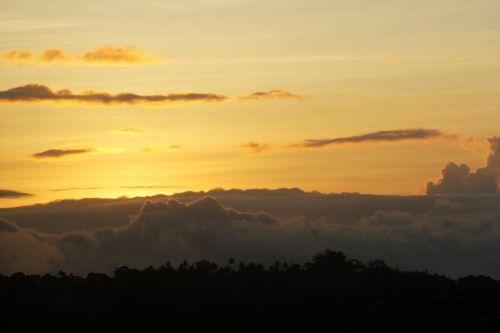 saulėtekis, debesys, stoglangis, saulės šviesa, Debesuota, gamta, auksinis & nbsp, saulėtekis, kalnai, rytas, saulėtekis