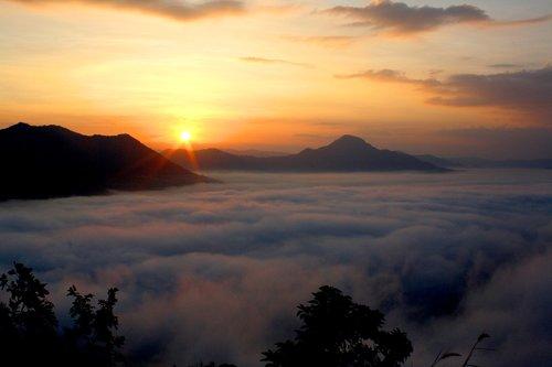Sunrise, rytą rūkas, pobūdį, kraštovaizdis, dangus, kelionė, rūkas, rytą, rūkas, kalnas
