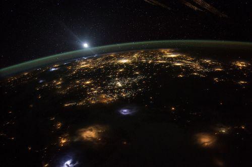 saulėtekis,Tarptautinė kosminė stotis,žemė,Vakarų Jungtinės Valstijos,erdvėlaivis,orbita,astronautas,kosmonautas,Orbita,erdvė,kosmosas,vaizdas,pasaulis,aušra,rytas,skrydis,dangus