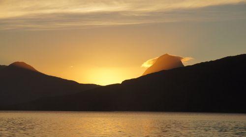 saulėlydis,Norvegija,vasara,kalnas,Nesna,vanduo,Šiaurės Norvegija,jūra,fjordas