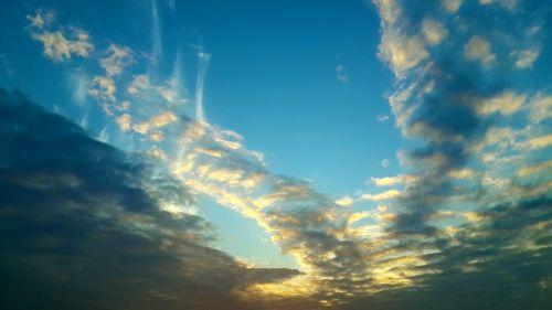 saulėlydis,mėlynas dangus,dangus,daugybe spalvų debesis,degantys debesys,siluetas,debesis