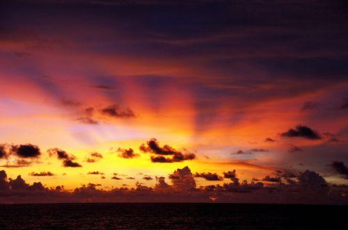 saulėlydis,atmosfera,abendstimmung,debesys,vakarinis dangus,atmosfera,oranžinė