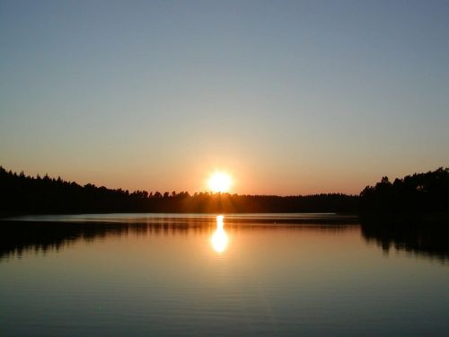 Saulėlydis,  Abendstimmung,  Afterglow,  Miškas,  Ežeras,  Vanduo,  Vakarinis Dangus,  Saulės Šviesa,  Gamta,  Romantika,  Dangus,  Saulė,  Poilsis