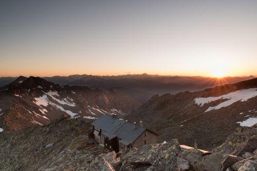 saulėlydis, kalnas, namas, viršuje, dykuma, kraštovaizdis, žygis, lipti, pasiekti, įvykdyti, pasiekti, gamta, laukiniai, scena