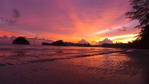saulėlydis,kraštovaizdis,papludimys,saulėlydis,jūra,vanduo,vandenynas,dangus,smėlis,saulė,paplūdimio vakaras,atogrąžų,horizontas,rojus,spalvinga,lauke,Krantas,grazus krastovaizdis,saulėlydis