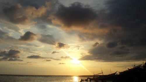 saulėlydis, apsvaiginimo & nbsp, saulėlydis, gražus & nbsp, saulėlydis, vandenynas, jūra, apmąstymai, jūra ir nbsp, kranto, jūra & nbsp, vėjas, smėlis, plūduriuojantis & nbsp, namas, debesys, gamta, Debesuota, saulės šviesa, vasara, saulė ir nbsp, spinduliai, valtis, objektas, papludimys, peizažas, saulėlydis mano gimtajame mieste 6