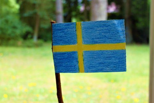 Švedijos vėliava,Švedijos vėliava,vasaros vasaros atostogos,galiolė,baigimas,studentų viršutinė riba,Nacionalinė diena,kavos pertraukėlė,Švedijos nacionalinė diena,vasaros pieva,Blomstertid,nacionalinė diena,gimtadienis,studentas,Švedija