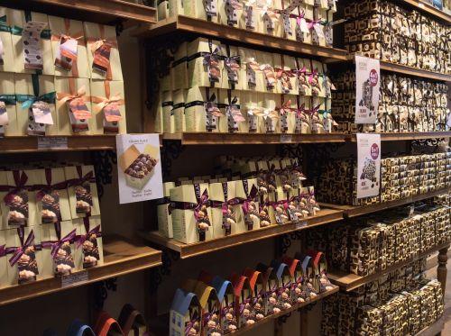 saldus,nibble,šokoladas,naudos iš,confiserie,maistas,saldainiai,pieniškas šokoladas,subtilus šokoladas,cukrus,prekinis ženklas