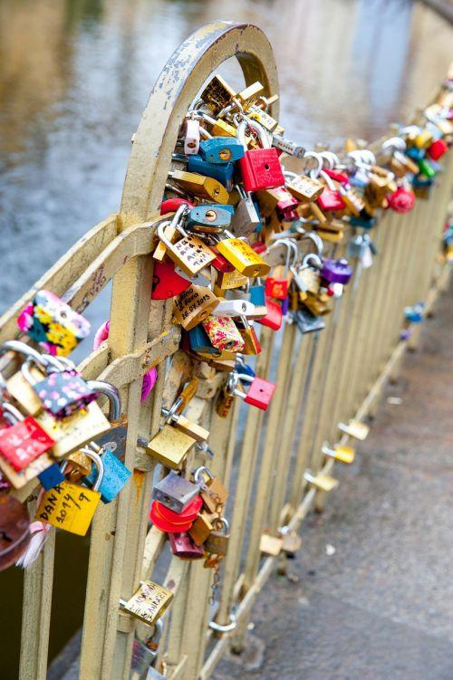 mylimai,pagal wlodek,amžina meilė,tilto mėgėjai,romantiškas,romantizmas