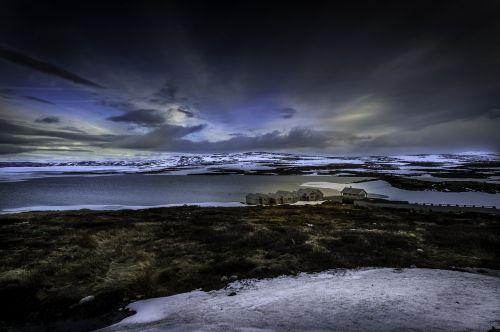 žymes dykuma,Nordland,Norvegija,šventė,laisvė,nuotykis,platus,poilsis,atsipalaidavimas,atsigavimas,žygiai,atostogos Norvegijoje,hardanger plato,namsen,lašišos upė,namsental,atostogos atskirai