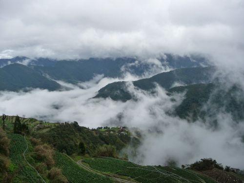 Taivanas,guanwushan,debesys