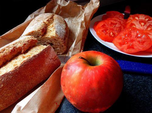 valgyti,valgyti su malonumu,obuolys,duona,įsisavinti,valgyti,valgyti ir mėgautis,maistas,frisch,pakabos,daržovės,mėgautis,naudos iš,sveikas,žalias,virėjas,maistas,skanus,maistas,maisto įrašas,vaisiai,raudona,poilsis,šventė,pomidorai,gerti,valgymas,tinkas