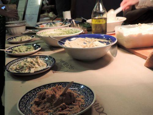 veg, maistas, hummus, maistas, šviesus, gatvė & nbsp, maistas, sąžiningas maistas - stovėkite su hummu