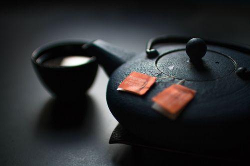 arbata,arbata,arbatos ceremonija,arbatos maišeliai,tradicinis,gėrimai,puodeliai,puodelis arbatos,Žalioji arbata,gėrimas,karštas,arbatos puodelis,Kinija,Japonija,žolelių,keramika,porcelianas,metalas,atsipalaiduoti,užvirinti