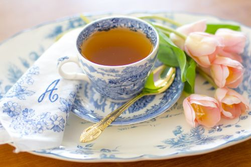 arbatos puodelis,arbata,kavos puodelis,kava,vintage,derliaus porcelianas,derliaus arbatos puodelis,taurė,gerti,karštas,gėrimas,lėkštė,arbata,puodelis arbatos,Kinija,puodelis kavos,maistas,rytas,skystas,aromatas,arbata,virtuvė,pusryčiai,sveikas,kavinė,atsipalaidavimas,stalas,keramika,atsipalaiduoti,raminantis,pavasaris,vasara,tulpės,gėlės,mielas