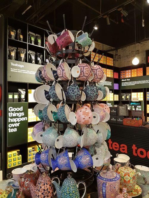 arbatos puodelis,arbatos puodelis,arbata,taurė,puodą,gerti,gėrimas,arbata,karštas,žalias,arbata,puodelis,tradicinis,lėkštė,keramika,Kinija,porcelianas,arbatos metas