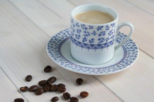 arbata,kava,indaplovė,kavos pupelės,puodelis kavos,kavos laikas,grūdai,Expresso,espresso,gėrimas,kavos laikas,kavos pertraukėlė,atsipalaidavimas
