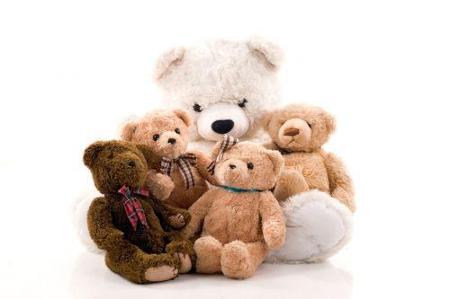 meškiukas,misiek,talismanas,pliušas,studija,balta,smėlio spalvos,ruda,žaislai,linksma,džiaugsmas,vaikai,linksma
