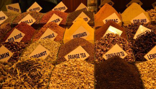 tee,bazar,turgus,prieskoniai,prieskoniai,džiovintas,turgus,egzotiškas,arbata,prieskonių rinka,istanbulas,Turkija,Egipto turgus