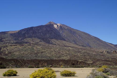 Teide nacionalinis parkas,Nacionalinis parkas,Rokas,uolienos formacijos,Tenerifė,Kanarų salos,teide,nacionalinis parkas teide,Ispanija,gamta,kalnas,vulkanas,kraštovaizdis,žygis,užteršimas,Karg,vulkaninis kraštovaizdis,sustiprinta lava,lava,lava rock,vulkaninis uolas,šaltas,vulkaninis,nusmukęs,lavos srautas,vulkanizmas,aukščiausių kalnų,vasaros pradžia,šluota