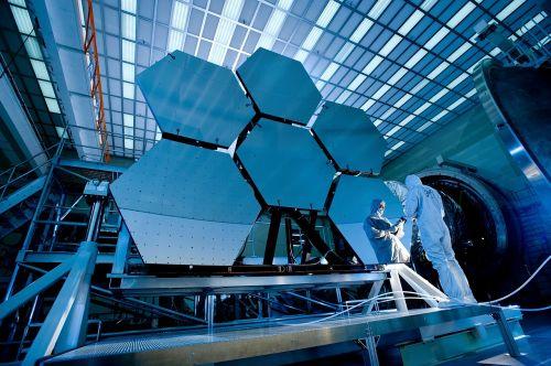 teleskopinis veidrodis,veidrodis,teleskopas,kosminis infraraudonųjų spindulių teleskopas,James Webb kosminis teleskopas,jwst,naujos kartos kosminis teleskopas,NASA,tyrimai,technologija,mokslas,plėtra,tyrimas