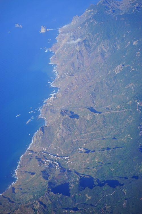 Tenerifė,oro vaizdas,Anaga kalnai,sala,Kanarų salos,skristi,kranto,kalnai,roques de anaga,roque de tierra,roque de dentro,roque de fuera,šiaurės rytų pakrantė