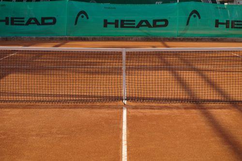 tenisas,molis,molio kiemas,teniso aikštelė,lauke,teismas,neto,galva,galvos tenisas,žaidėjas