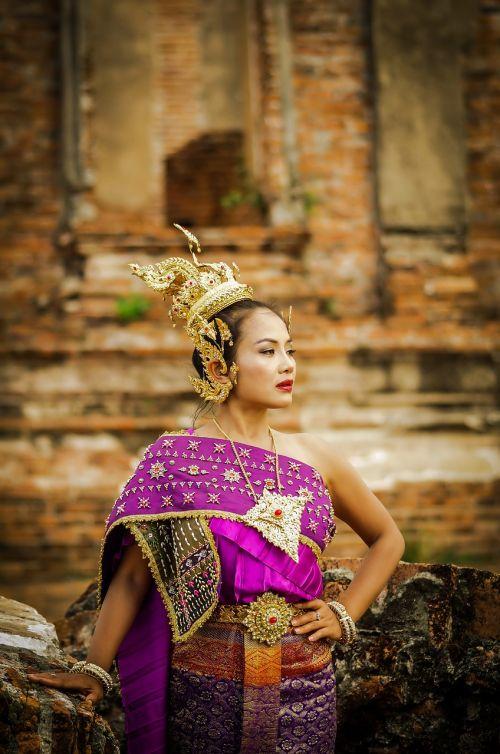 Tailandas,Tailandas nustato,senovės,Lady,violetinė,auksas,gražus,sąvoka,vaidyba