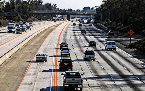 greitkelis, karotool, carpool lane, kelionė, kelias, automobiliai, automobilis, greitkelis, eismas, greitkelis