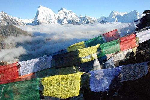 Himalajai, Nepale, maldos vėliavos, Tibeto vėliavos