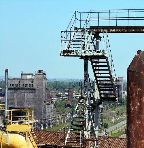 pramonė,pramoninis kraštovaizdis,geležies dirbiniai,vamzdis,pramoninis,pramoninė gamykla