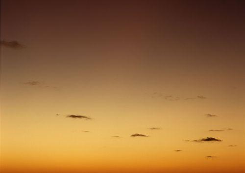 kraštovaizdis,saulėlydis,ruda,dangus,mažiau,debesis,vakarinis dangus,rudas dangus