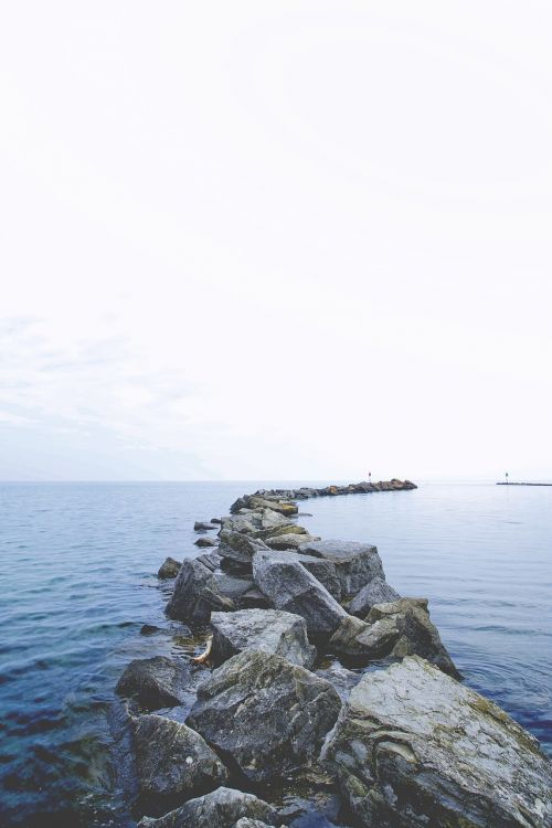jūra,atstumas,smūgiai