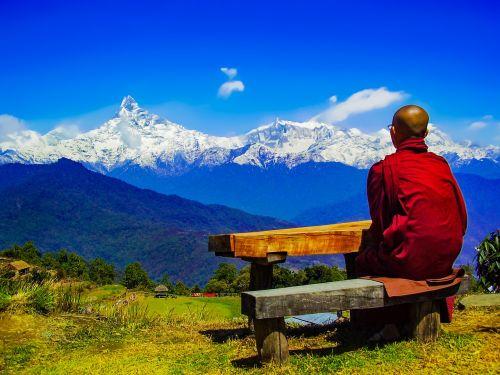 teravada budizmo,himalajų pasitraukimas,Annapurna diapazonas,atsipalaiduoti,vienuolis,Theravada vienuolis,atjauninti,bhikkhu,vienuolis gamtoje,vienuolis himalajose