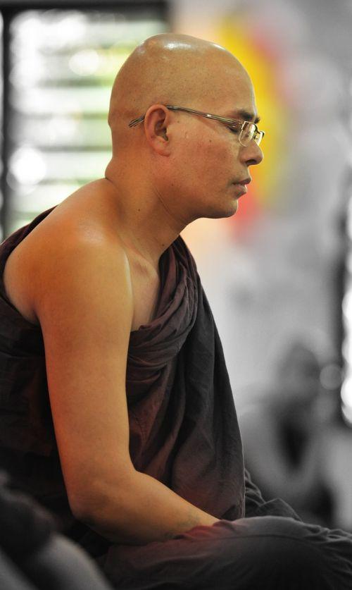 teravada budizmo,vienuolis medituojantis,medituojantis,religija,meditacija,budistinis,medituoti,religinis,dvasingumas,Theravada,vienuolynas,taika,pasakojimas,bhikkhu,taikiai