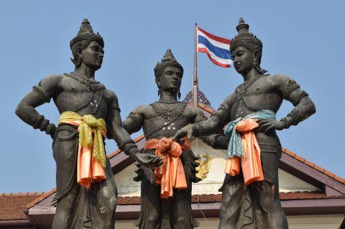 trys karaliai,Chiang Mai Tailandas,Tailandas,skulptūra,paminklas