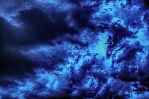 griauna,debesys,audra,dangus,Persiųsti,oras,audros debesys,gamta,debesys,nuotaika,tamsūs debesys,grasinanti,gewitterstimmung,mistinis,Gamtos jėga,dramatiškas,gamtos reiškinys,oro temperamentas,debesys formos,dramatiški debesys,dramatiškas dangus,dramos,gražus,atmosfera