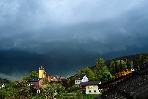 audra, pilis, Persiųsti, debesys, dangus, audra, blykstė, Orų, pobūdį, lietaus, naktis, lietaus debesys, atmosfera, kraštovaizdis, nuotaika, grasina, staigi liūtis, mistinis, Orai nuotaika, dramatiškas, niūrus, tamsiai, debesys forma
